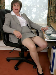Horny Chubby Mature In Stockings Stripping The Office